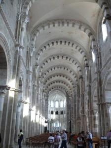 Vezelay---basilique-Sainte-Madeleine